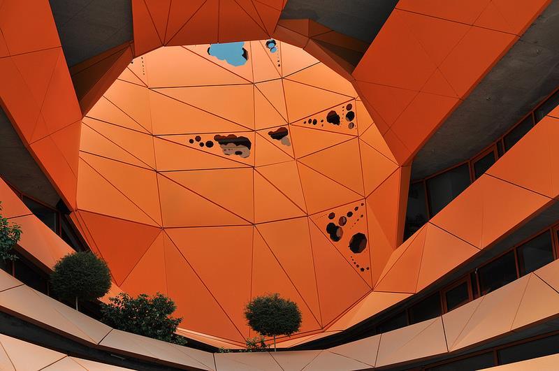 cube-orange17