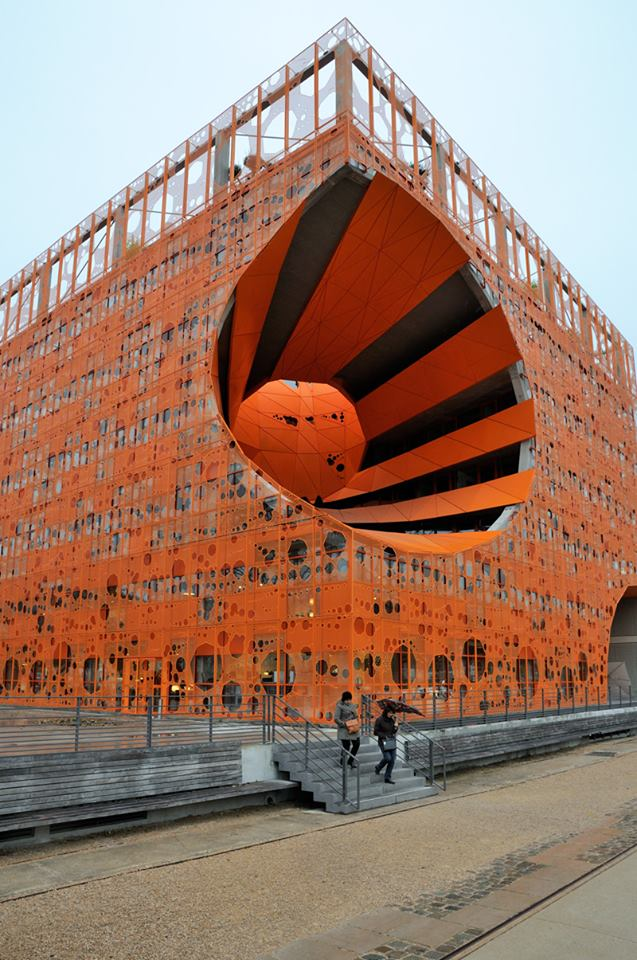 cube-orange21