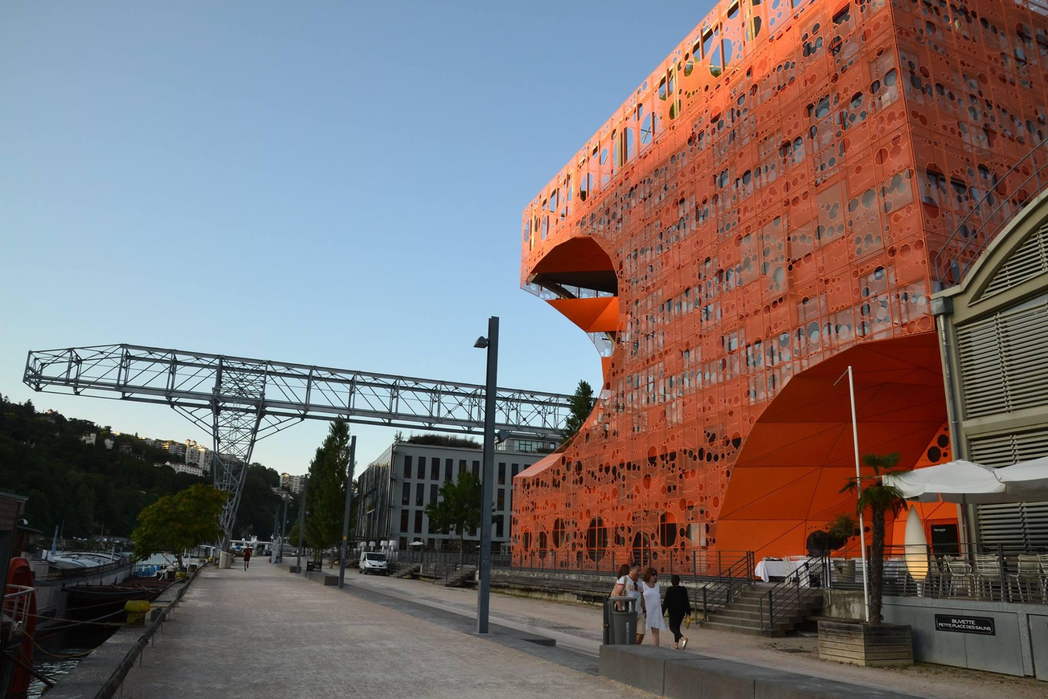 cube-orange22