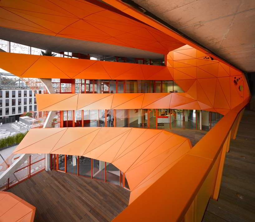 cube-orange33