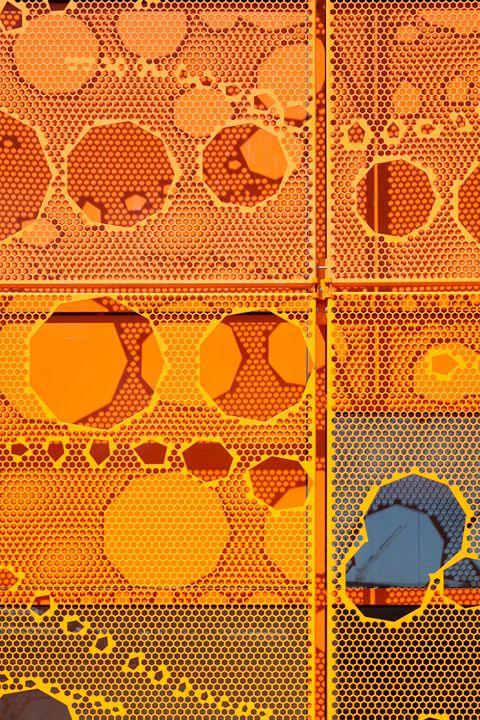 cube-orange39