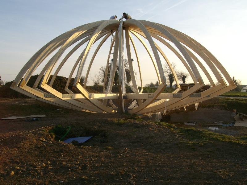 Bulle architecture catherine et patrick marsilli for Maison dome en bois